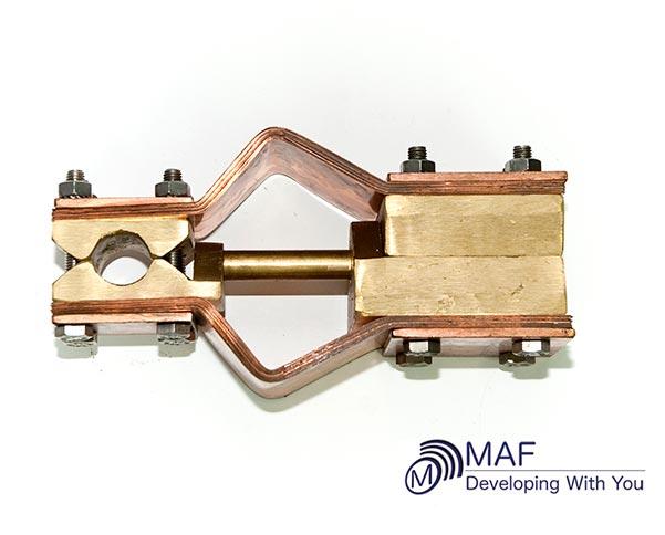 Conectores de bronce